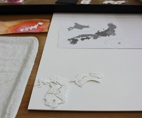 紙漉き作品の写真です。