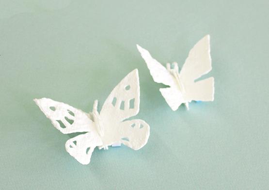 蝶々の立体作品の写真。